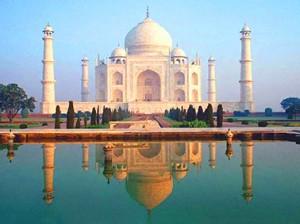 Auch das Taj Mahal in Indien hat es in der umstrittenen Wahl geschafft, sich nun New7World Wonder nennen zu dürfen.